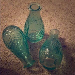 Set of 3 aqua vases